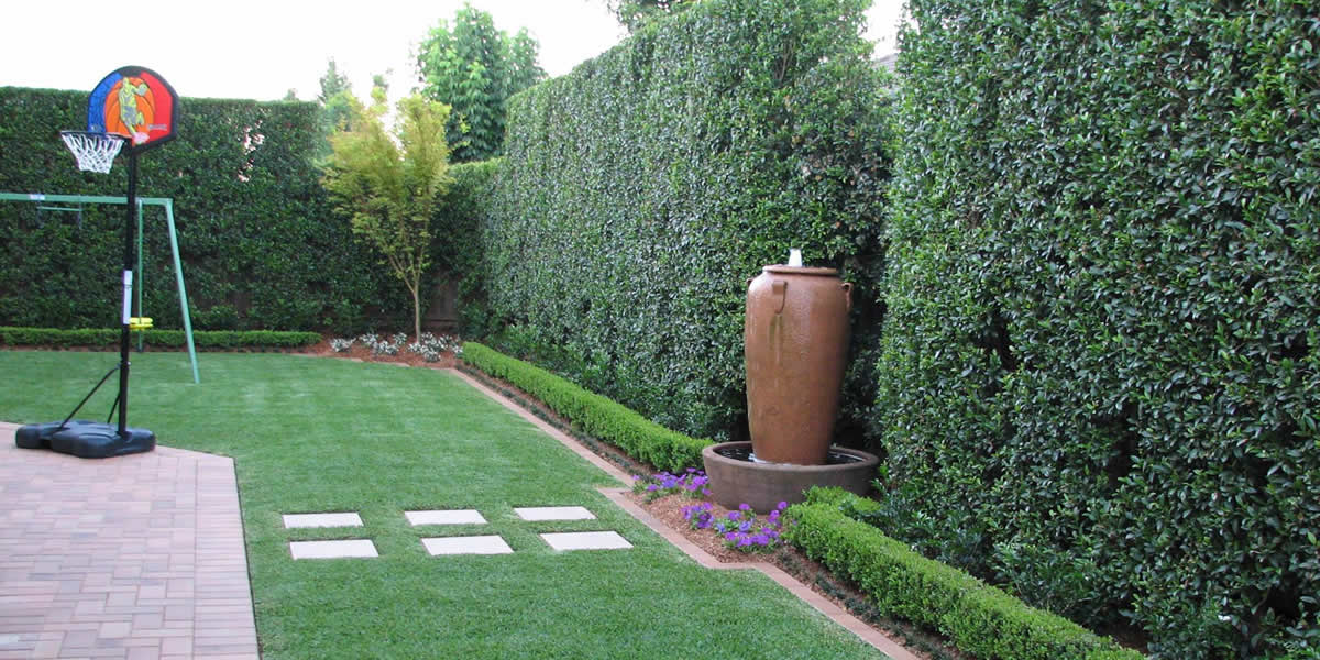outdoor_entertainment_area_landscaping_design_trends_2019_greenway_ladnscapes
